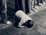 Muzułmańskie dzieci w przedszkolu udawały podcinanie gardeł i groziły innym dzieciom