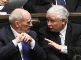 Kaczyński nie zmierza ku centrum, ale coraz mocniej bierze Polaków za mordę