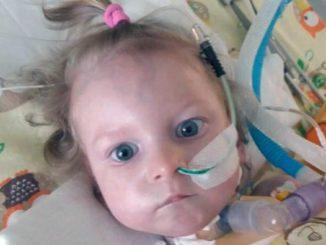 Wypisali 1,5-roczną Nelę zeszpitala. Nagle zaczęło siędziać źle. Wtedy matka zauważyła coś strasznego