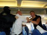 Awantura w samolocie z Wrocławia do Hurghady. Pijany pasażer zaatakował stewardessę