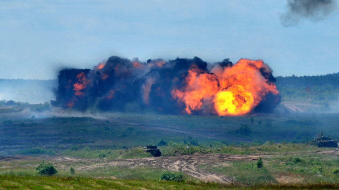 """""""Anakonda-18"""" – imitacja iwazji na Rosję z użyciem broni jądrowej"""