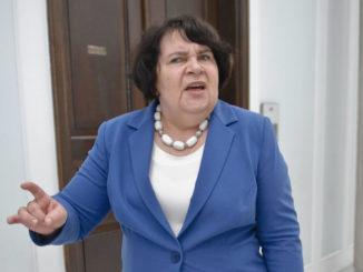 Posłanka Rydzyka ma kaprys, MON przesuwa wojska