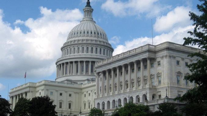 Kongres USA zainteresował się gloryfikacją nazistów w Polsce i na Ukrainie