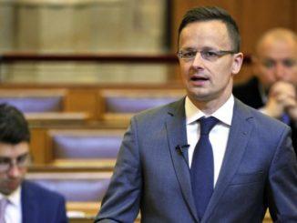 Szef MSZ Węgier: Węgry nie są prorosyjskie ani proamerykańskie. Są prowęgierskie.