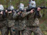 Wojsko ma rekrutować w sklepach, z kampanią PiS w tle