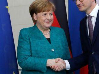 """Czy niemieckie media kombinują jak znowu """"ODSTRZELIĆ"""" polskiego premiera?"""