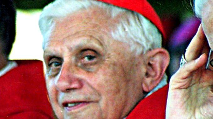 Ujawniono tajne listy wściekłego Benedykta XVI