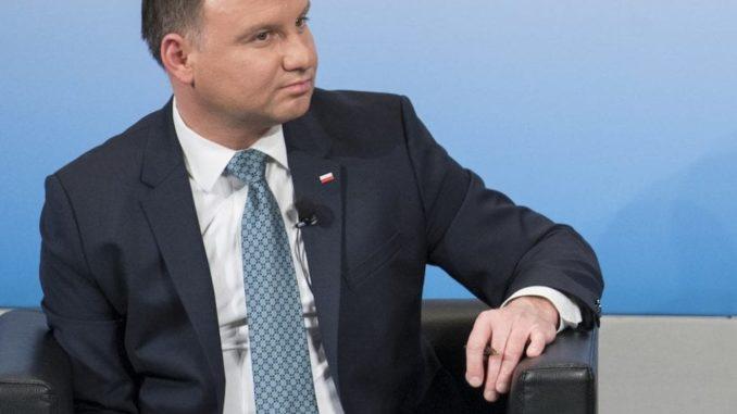 Andrzej Duda poszedł do kościoła