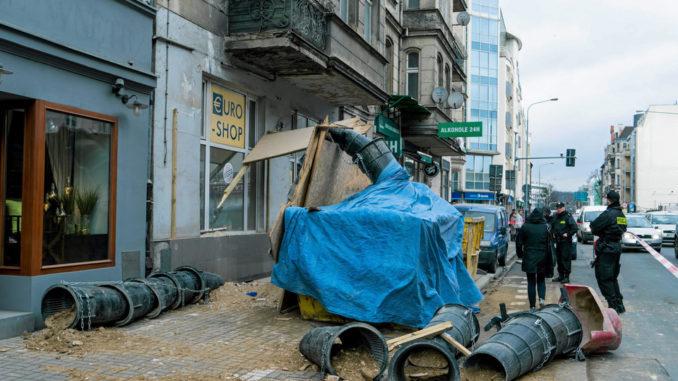 DRAMATYCZNY wypadek w Poznaniu! Pani Ewa CUDEM uniknęła śmierci