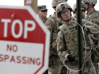 Amerykańscy żołnierze kontrolować Polskę