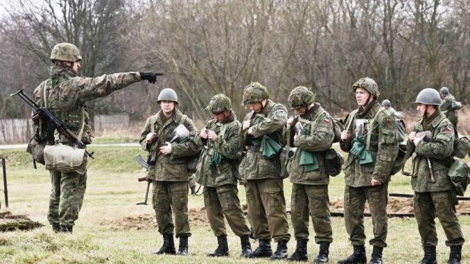 Żołnierze uciekają z wojska