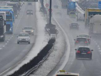 Kierowca przez dwie godziny wiózł martwą żonę