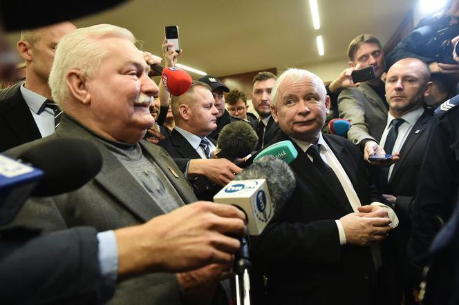 gest Wałęsy wobec Kaczyńskiego