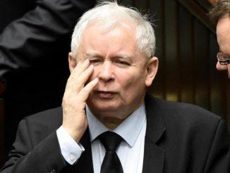 Prezes PiS już nie triumfuje