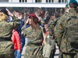 TRAGEDIA w wojsku! Studenci Wojskowej Akademii w upał zaliczali ćwiczenia. Trzech zasłabło, jeden nie żyje