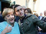 """""""Merkel sprowadziła powszechne zagrożenie"""". Ponad 300 tys. NIEZIDENTYFIKOWANYCH imigrantów w Niemczech"""