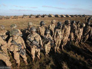 obecność wojsk amerykańskich