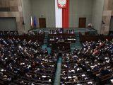 """Gorąco w Sejmie. Posłowie krzyczeli: """"hańba""""!"""