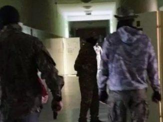 Atak terrorystyczny na szkołę