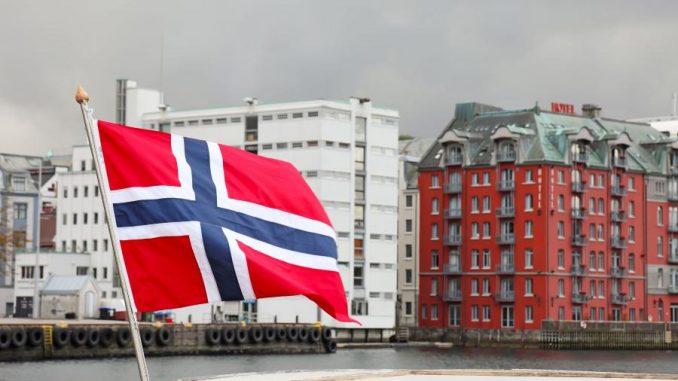 Norwegia Polak DYSKRYMINOWANY