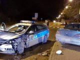 Policjant ma poważne obrażenia. Uderzył w niego pijany kierowca