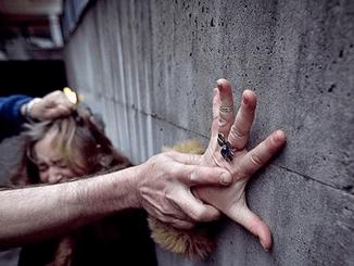 gwałt konsul honorowy Ukrainy