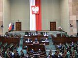 Sejm uchwalił ustawę  wprowadzającą zmiany do  tarczy antykryzysowej
