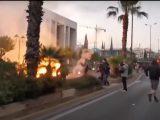 Greccy anarchiści rzucali butelkami zapalającymi w ambasadę USA [ Video]