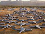 Tam umierają samoloty. Cmentarzysko w USA. Skąd przylecą do Polski C-130