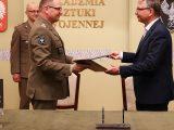 Grupa WB i Akademia Sztuki Wojennej podpisały porozumienie w zakresie m.in. współpracy naukowej