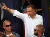 Minimalne różnice w sondażach, zamieszanie ze spisami wyborców i pierwszy od dawna wywiad Kaczyńskiego. Podsumowanie dnia