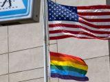 Administracja Trumpa już w zeszłym roku informowała ambasady USA, że nie mogą wywieszać flag LGBT