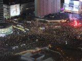 Kolejny dzień protestów w sprawie aborcji. Prezydencki projekt, wielka demonstracja w Warszawie i ataki na uczestników