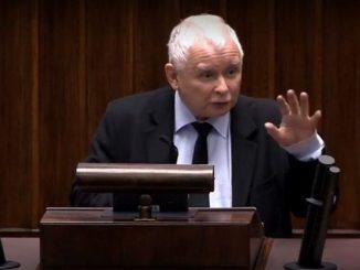 Antypaństwowiec Kaczyński niszczy policję