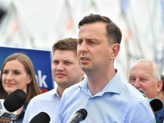 WYWALIŁ W KOSMOS strategię Morawieckiego