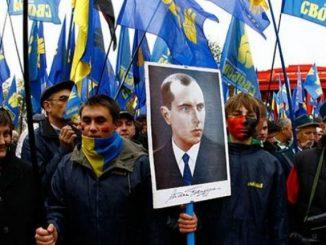 Ukraina NIE POZWALA Polakom na EKSHUMACJE. Żąda pomnika UPA w Polsce