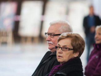 Lech Wałęsa doprowadził żonę do płaczu.