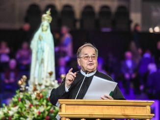 Wsparcie dla o. Rydzyka. Spółki związane z duchownym otrzymały środki w ramach wsparcia antykryzysowego