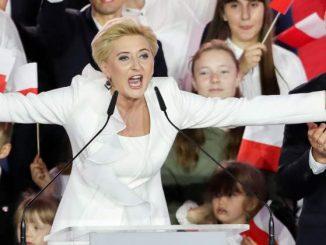 """Dlaczego Agata Duda byłaby lepszym prezydentem niż Andrzej Duda?"""" Sekielscy żartują z pierwszej damy"""