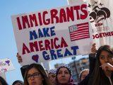 Biden otworzy imigrantom granicę i drogę do obywatelstwa USA
