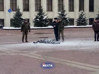 Samospalenie w centrum Mińska