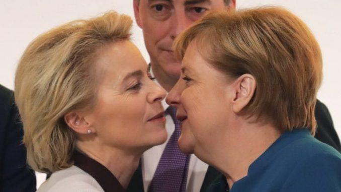 To przez Merkel i von der Leyen Europejczykom zabraknie szczepionek
