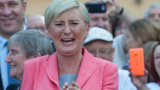 WIADOMOŚCI Pierwsza Dama będzie miała pensję? Politycy dali zielone światło