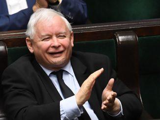 Waloryzacja emerytur. GIGANTYCZNA podwyżka emerytury Kaczyńskiego
