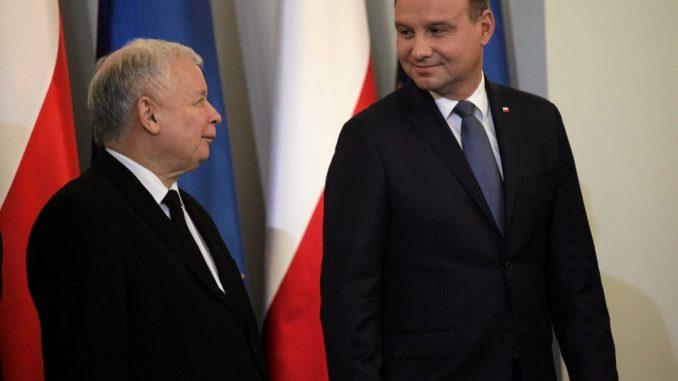w Polsce upada demokracja