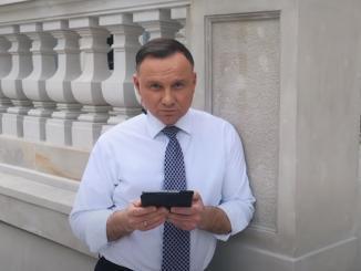 Andrzej Duda przez internet narobił ZAMIESZANIA