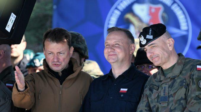 Źródła Onetu: ćwiczenia Zima-20 to był spisek przeciwko szefowi sztabu
