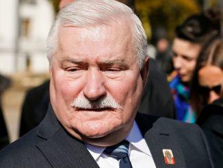 Wałęsa staje na czele walki o wolność słowa