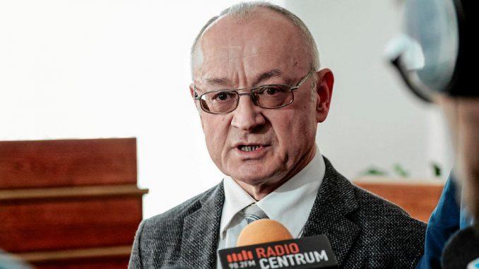 Radny PiS krytykował działania rządu. Został wyrzucony z partii