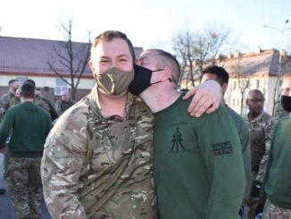 Angielscy gejowscy żołnierze